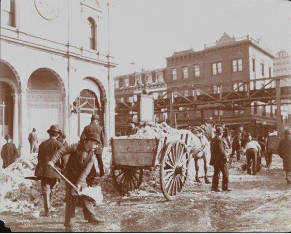18884