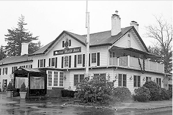 Long Island Town Hall Maine